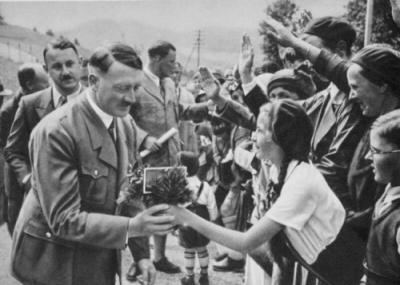 Der Führer und Bund Deutscher Mädel