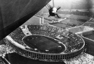 Hindenburg_Reichssportfeld_2