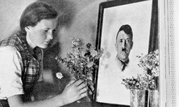 tusentakk_Hitler