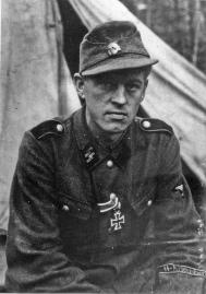 Krigskorrespondent Arild Hamsun.