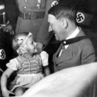 Inge_Terboven_on_Hitler