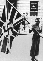 Britisk fredsaktivist.